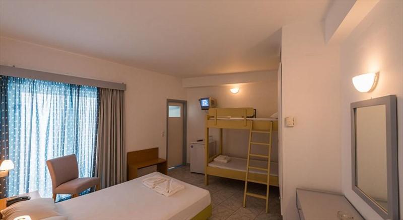 Niforeika beach hotel bungalows 3 греция пелопоннес
