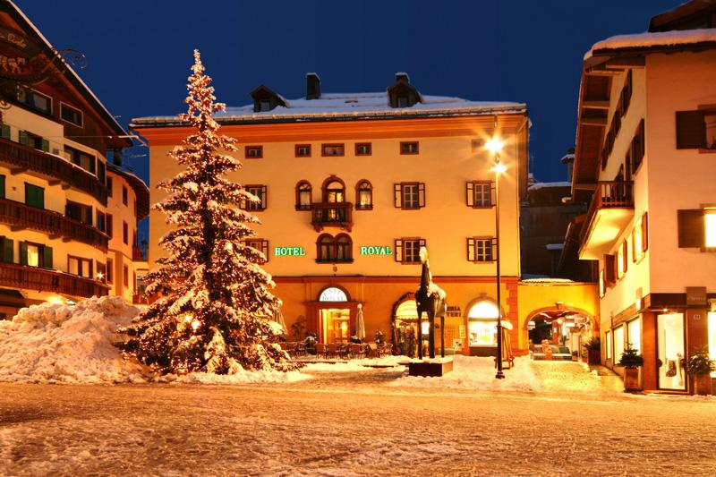 Cortina dAmpetstso of St. Petersburg