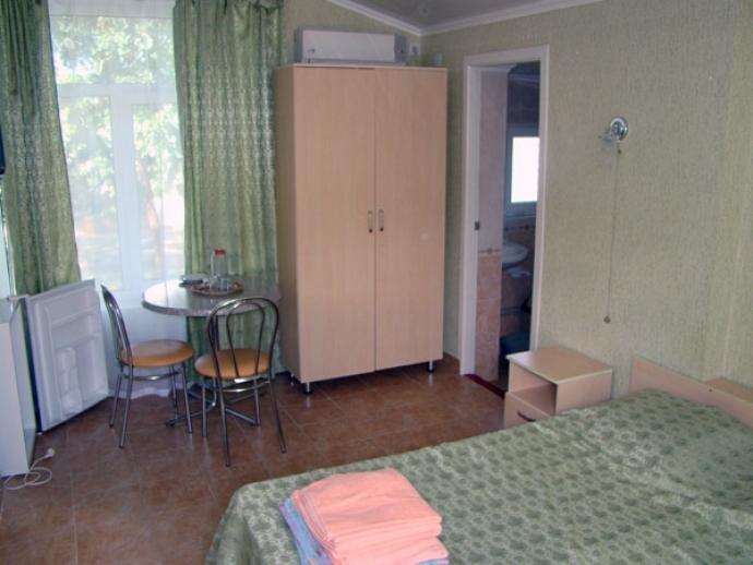 Гостиница Хижина Робинзона Феодосия Крым  цены отеля
